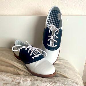 Women's Sadie Oxford shoes